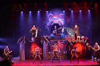 De classic rock-comedy Vampires Rock Ghost Train (RAI Amsterdam) speelt zich af in het New York van 2030, waarin de 'doden' levendiger zijn dan ooit!